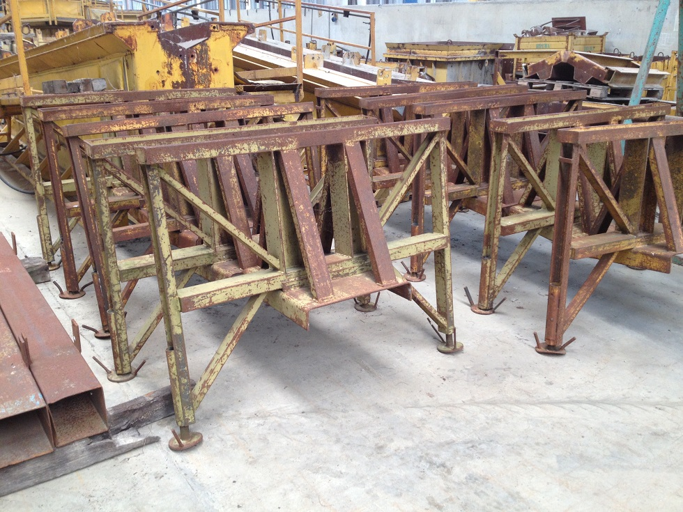 TRESTLE FOR BEAM SLAB